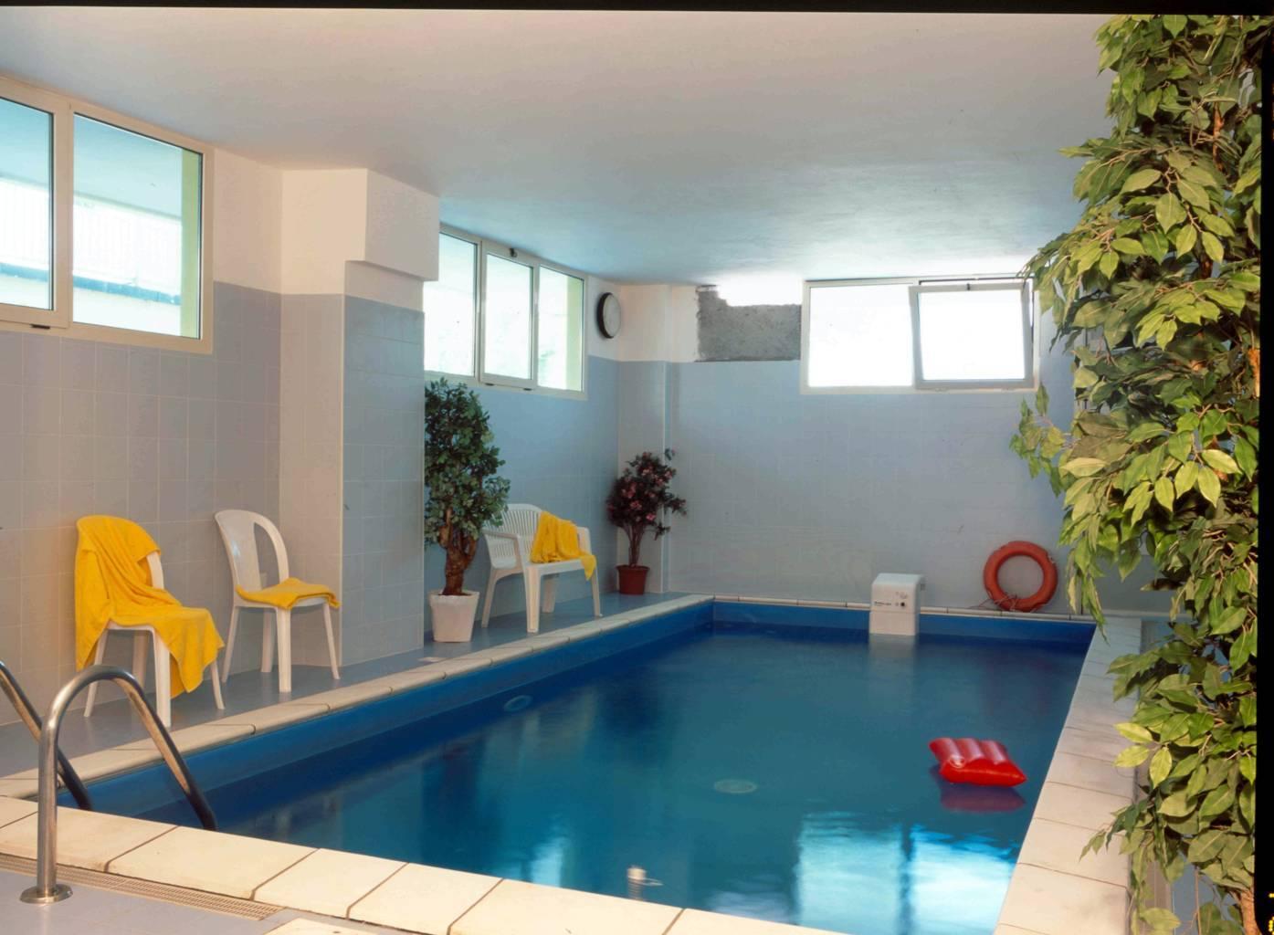 Hotel a rimini con piscina interna remin plaza hotel - Hotel corvara con piscina interna ...
